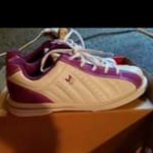 Bowling shoes *brand new*